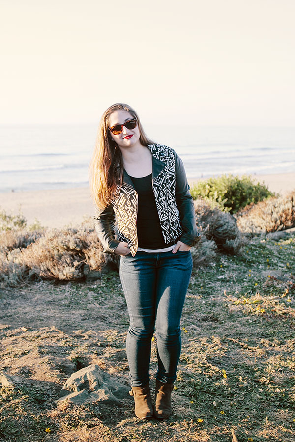 Great outfit for an easy happy hour by the beach! // WeAreAdventure.us