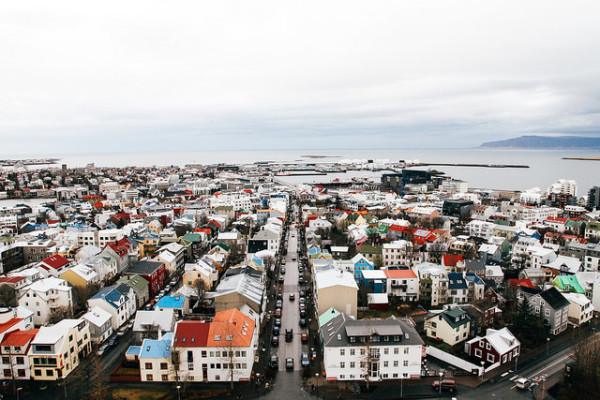 Love this Iceland Guide from Oh Ladycakes!! // WeAreAdventure.us