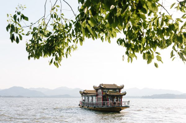 Travel guide to Hangzhou, China from travel blogger Simone Anne of We Are Adventure // WeAreAdventure.us